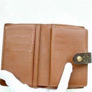 Louis Vuitton Bags - 🚫sold🚫 LV Wallet Portefeuille Viennois Monogram